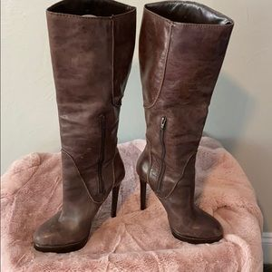 Jessica Simpson brown leather heeled boots